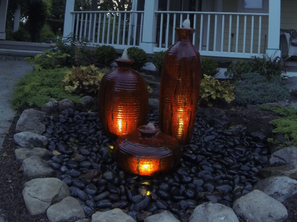 Urn fountains with LED lighting